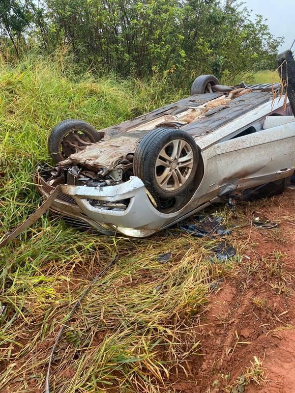 Deputado distrital José Gomes sofre acidente de carro