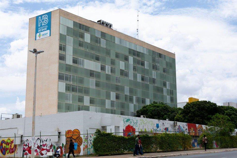Fachada hospital de Base