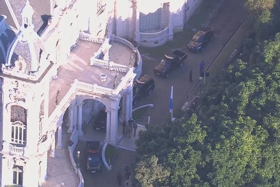 PF faz operação no Palácio das Laranjeiras, no Rio