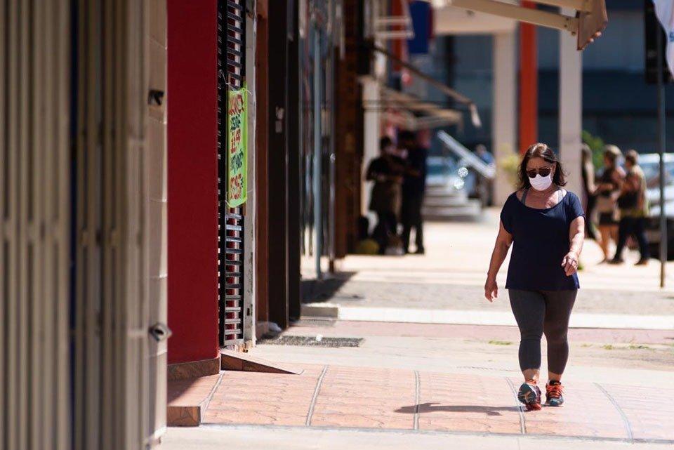 Retorno do comércio de rua no DF com pandemia do coronavírus