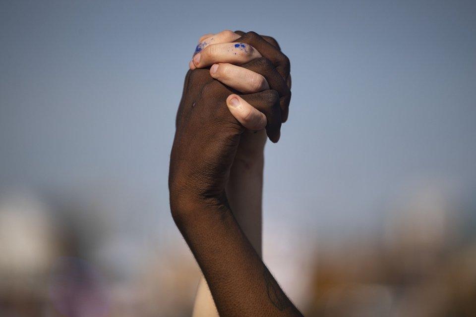 Nike se posiciona contra o racismo após assassinato de George ...