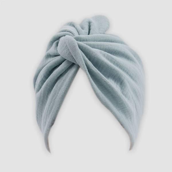 Turbante desenhado pela modelo Halima Aden para o projeto Banding Together