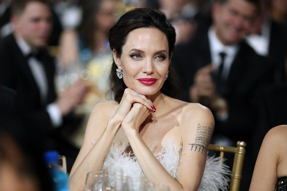 """Nutricionista """"bonitão"""" de Angelina Jolie ensina receitas para emagrecer"""