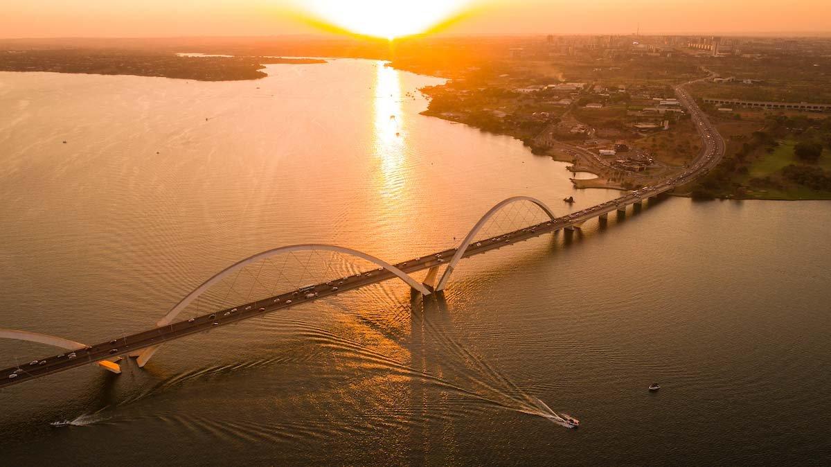 Ponte JK vista aerea