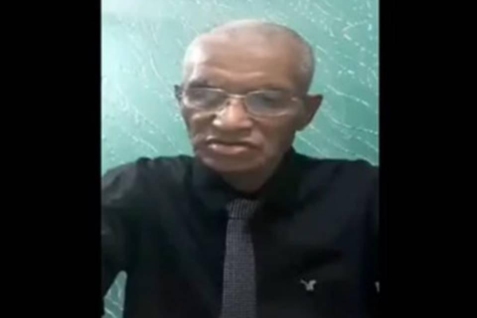 José Ferreira, de 80 anos, se formou em história pela UEG
