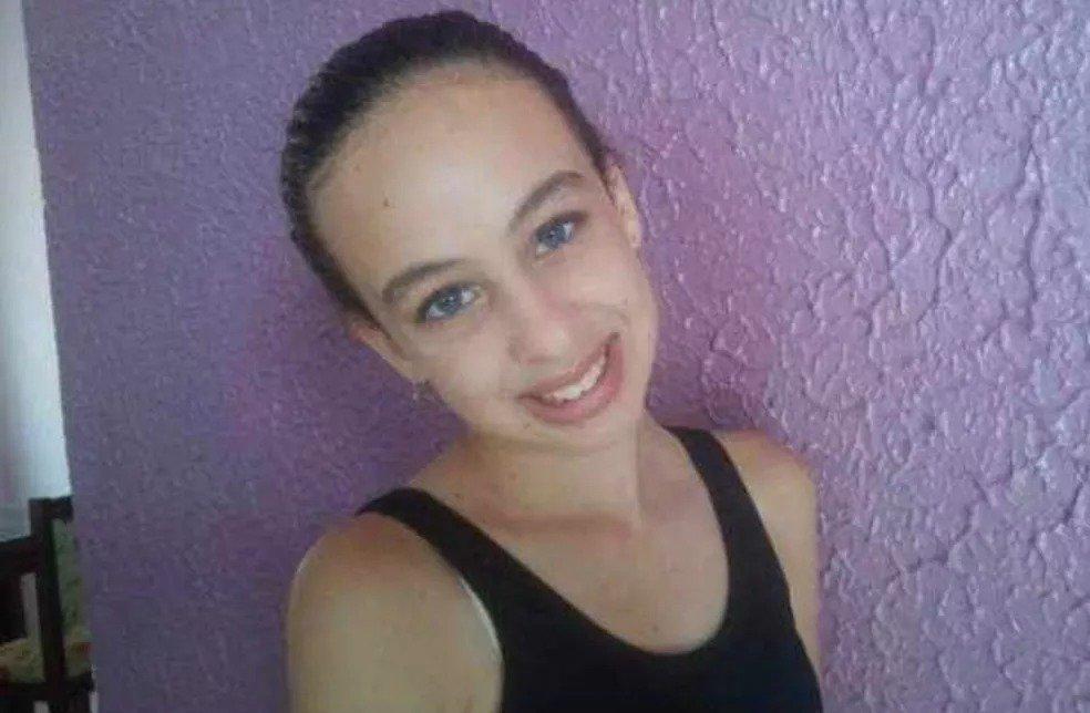 Menina de 15 anos é achada morta em matagal após uma semana desaparecida