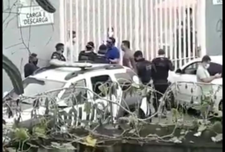 Grupo tentou invad9ir hospital de campanha em Fortaleza e polícia foi chamada para impedir