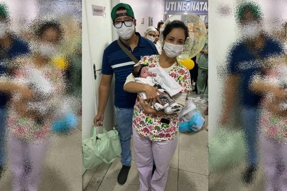 Bebê de 1 mês recebe alta do hospital