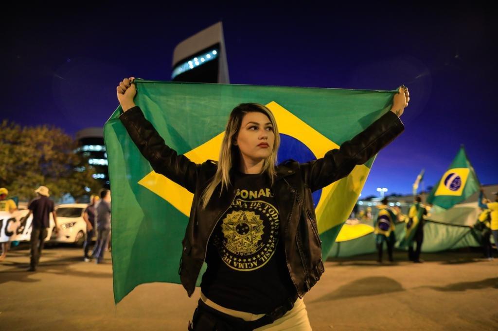 Sara winter, líder do movimento 300 do Brasil