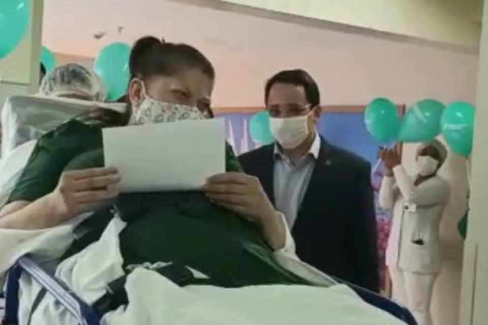 1ª-paciente-com-coronavírus-no-DF-recebe-alta-do-Hospital-Brasília