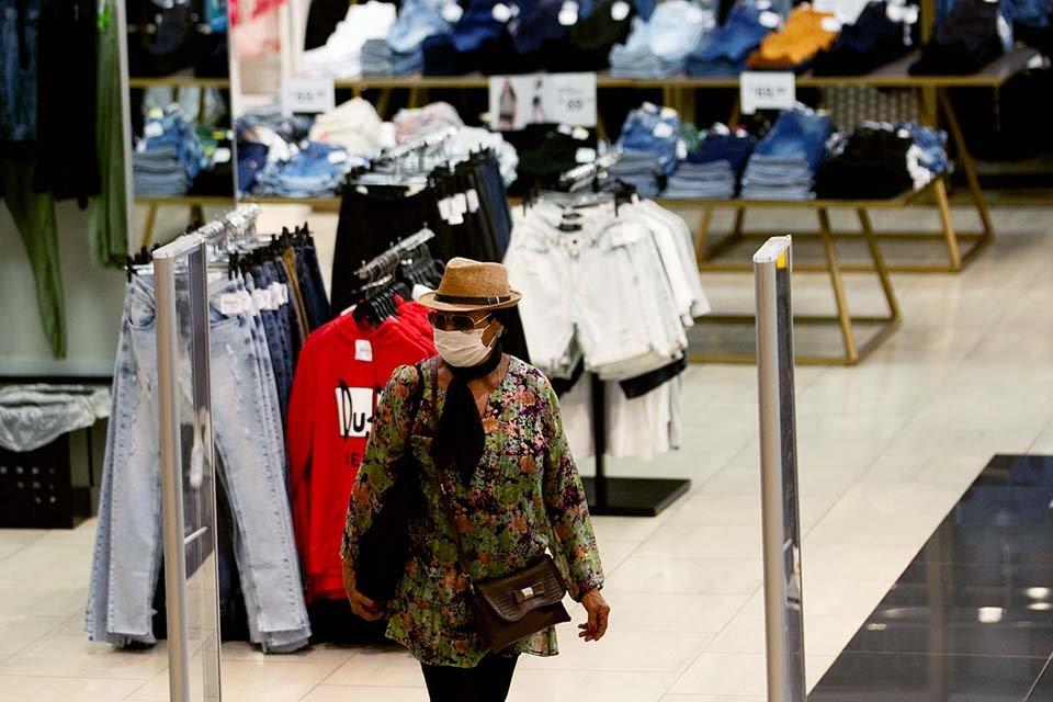 Pátio Brasil Shopping. Pandemia - reabertura dos shopping no Distrito Federal