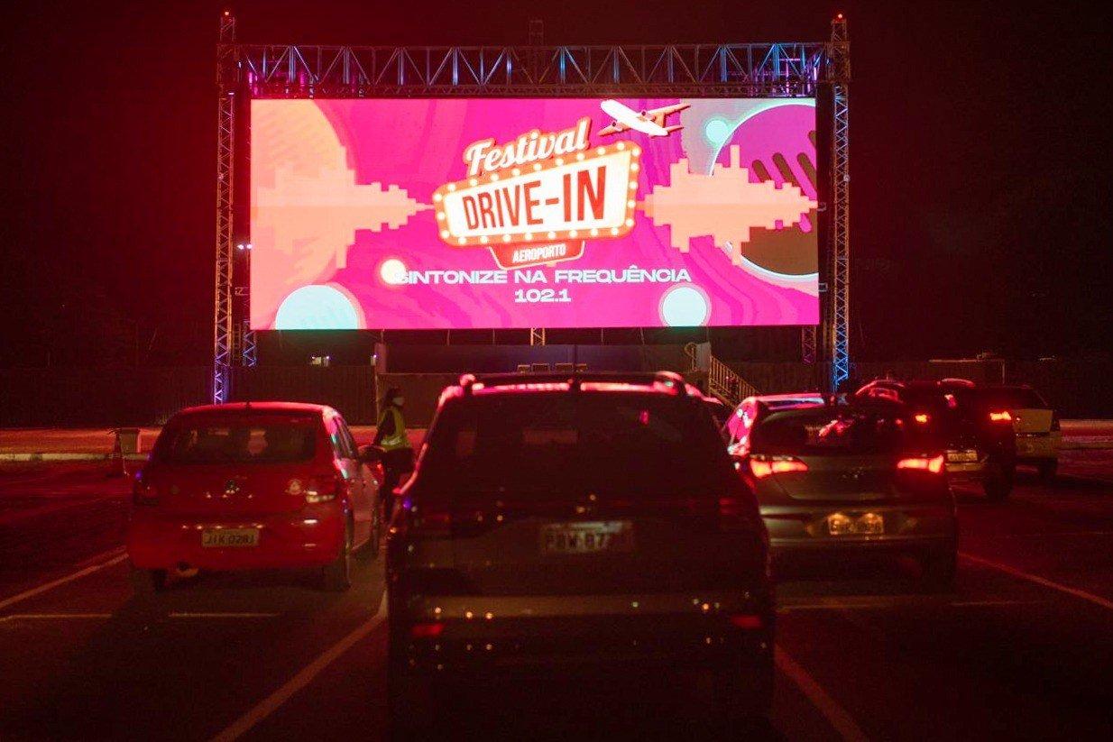 Festival drive in