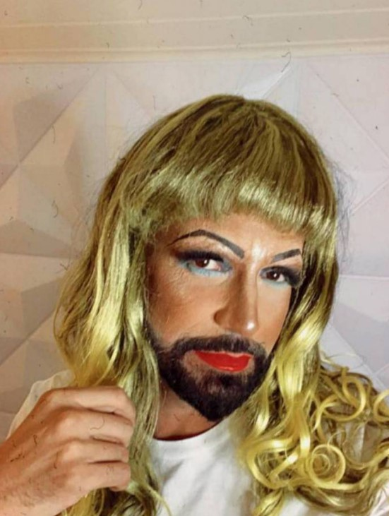 Latino de drag queen