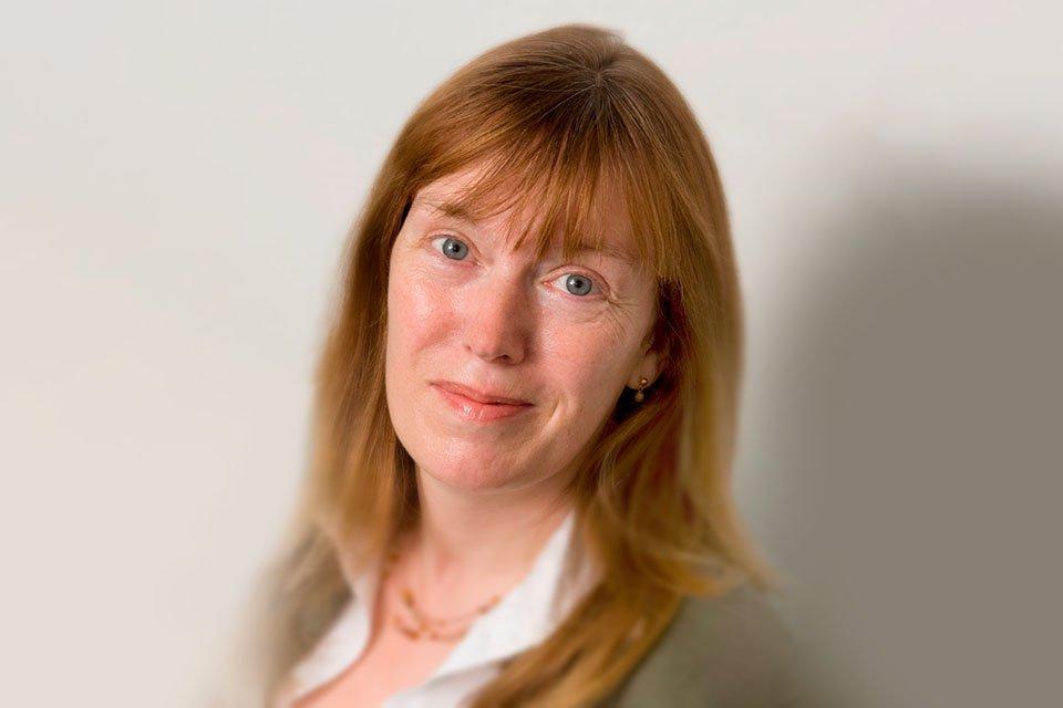 Sarah Gilbert, professora