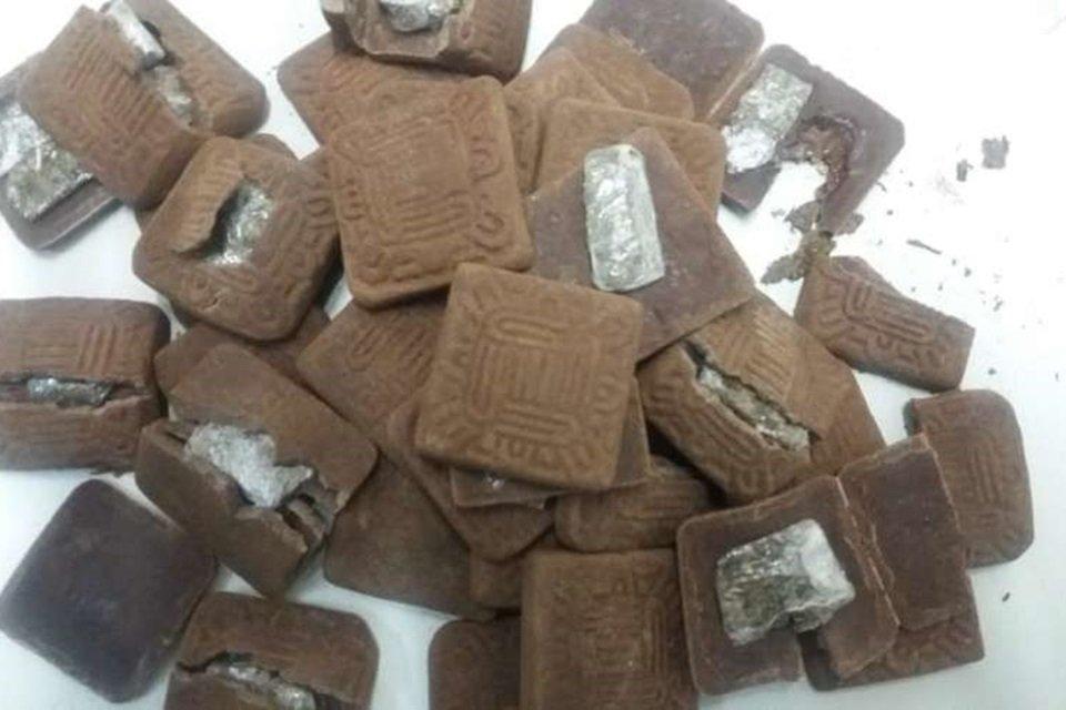 Biscoite recheado com drogas