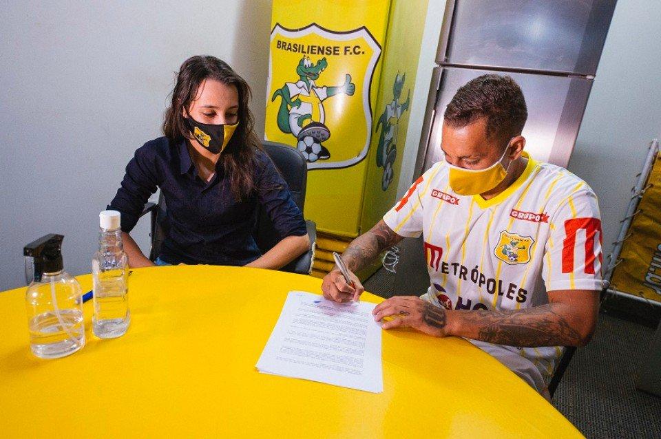 Treino no CT do Brasiliense FC. Fotos: Leonardo Hladczuk