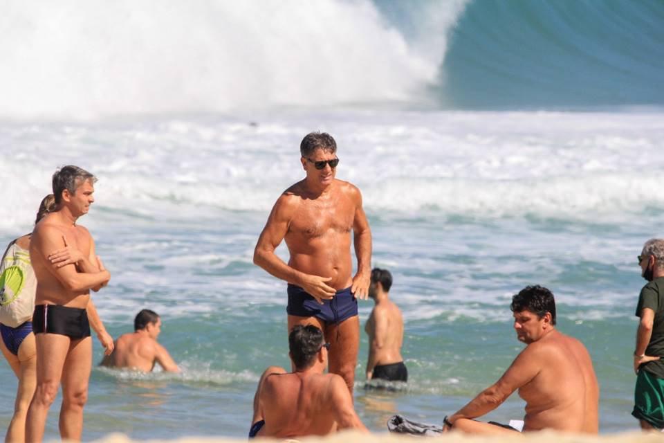 Renato Gaúcho na praia