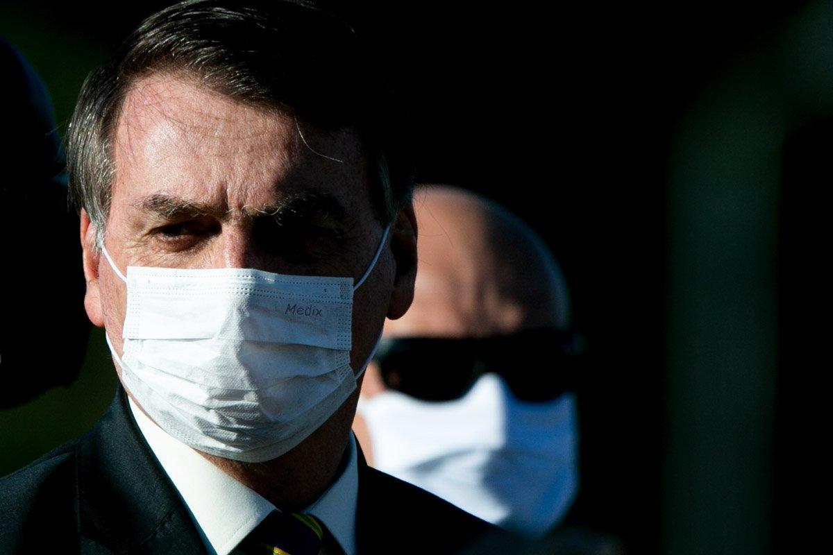 Bolsonaro testa positivo covid-19 coronavirus
