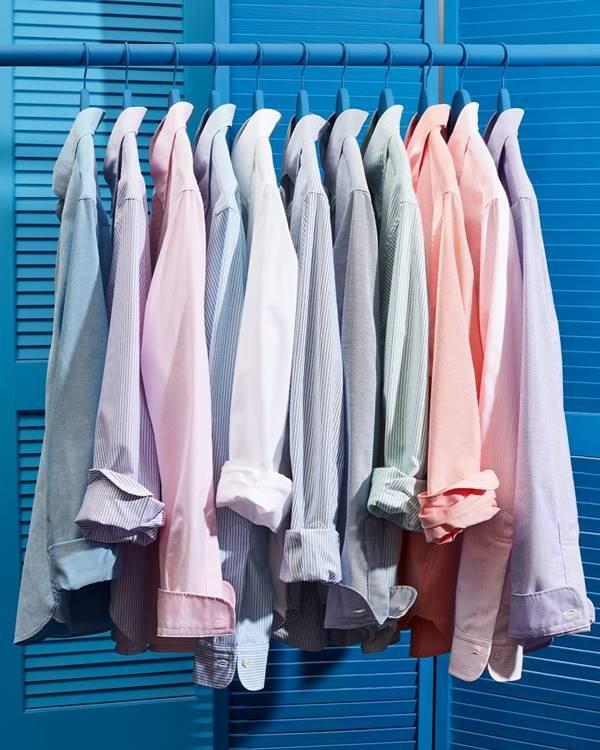 Camisas em arara