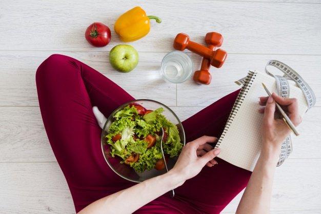 Nutricionista revela almoço saudável que pode ser feito em cinco minutos