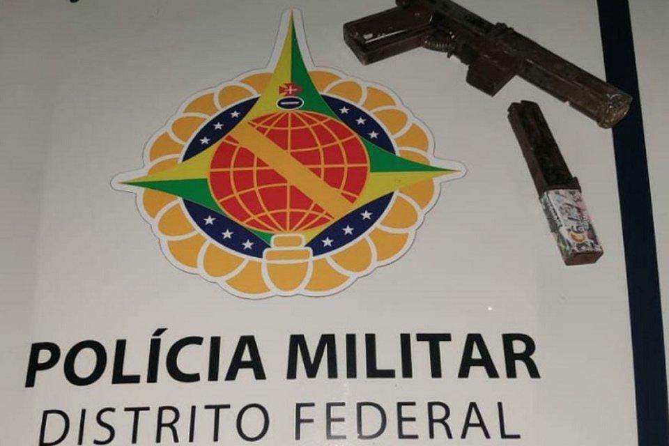 Arma caseira recolhida com menor de idade em operação no Paranoá