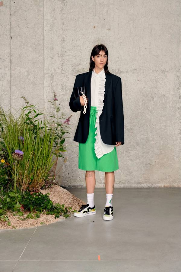 Look de Resort 2021 da MSGM