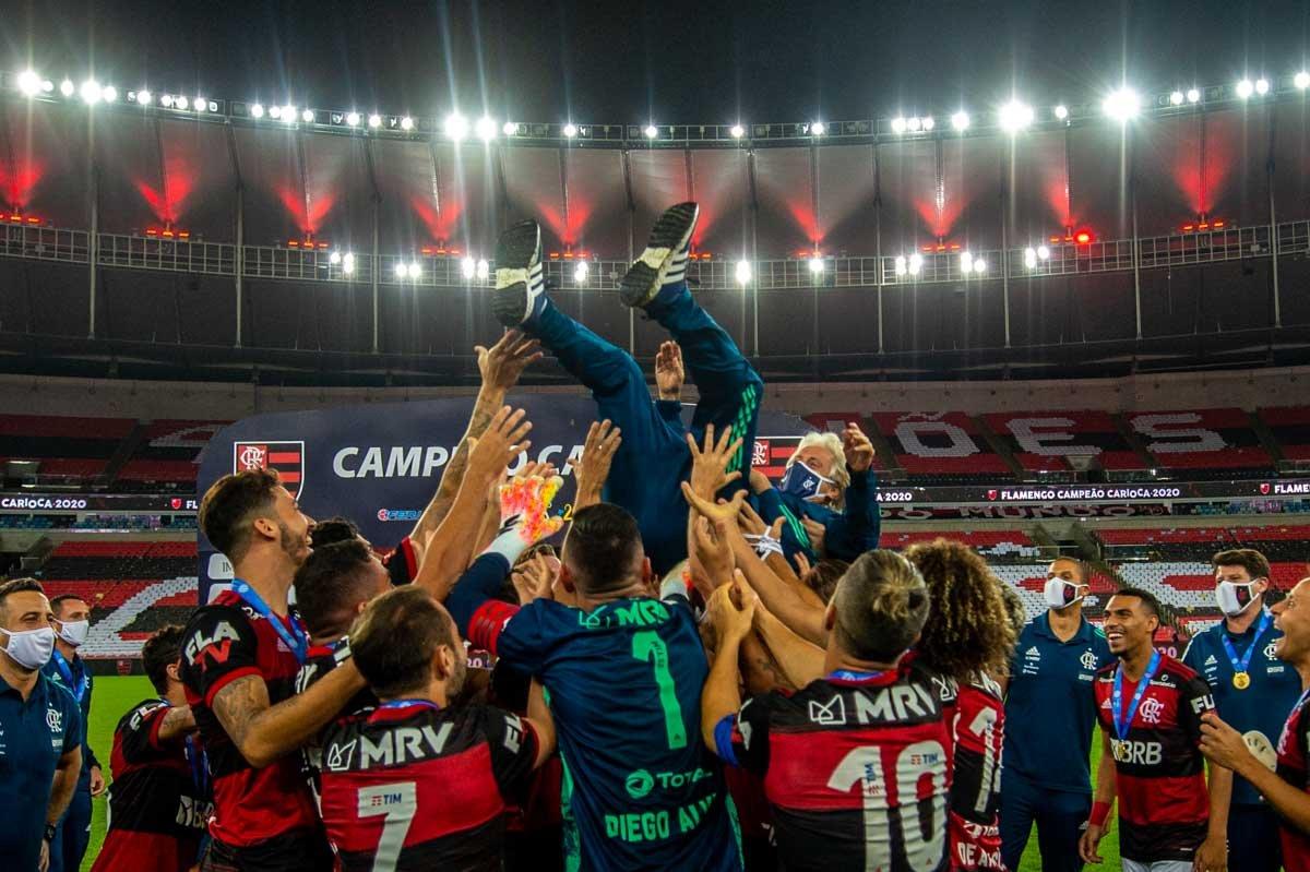 Partida entre as equipes de Flamengo e Fluminense, válida pela Final do Campeonato Carioca, realizada no Estádio do Maracanã