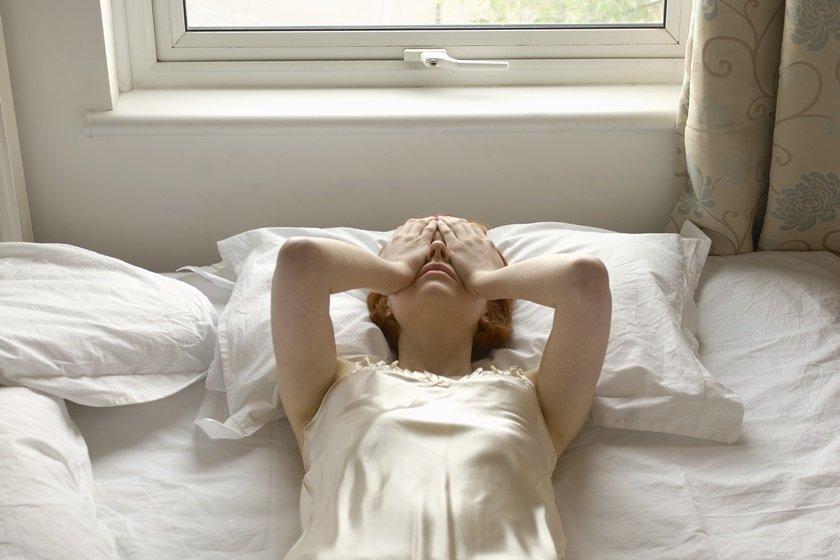 Mulher com crise de ansiedade