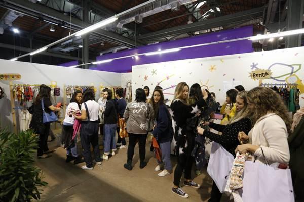 Público no evento de moda Veste Rio
