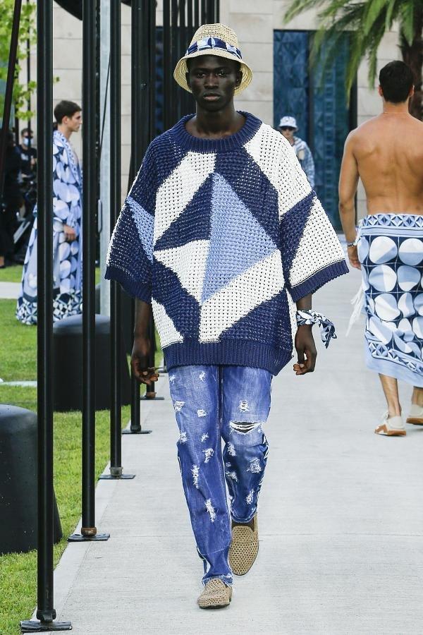 Dolce & Gabbana retorna aos desfiles físicos