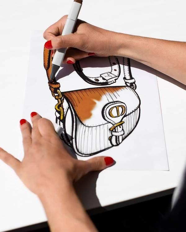 Esboço de bolsa da Dior