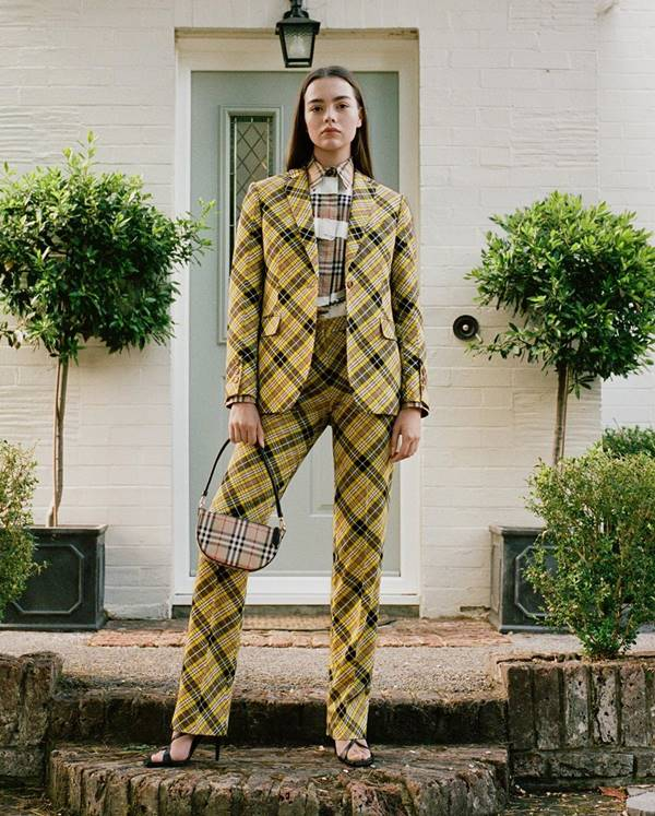 Lookbook da Burberry de Resort 2021