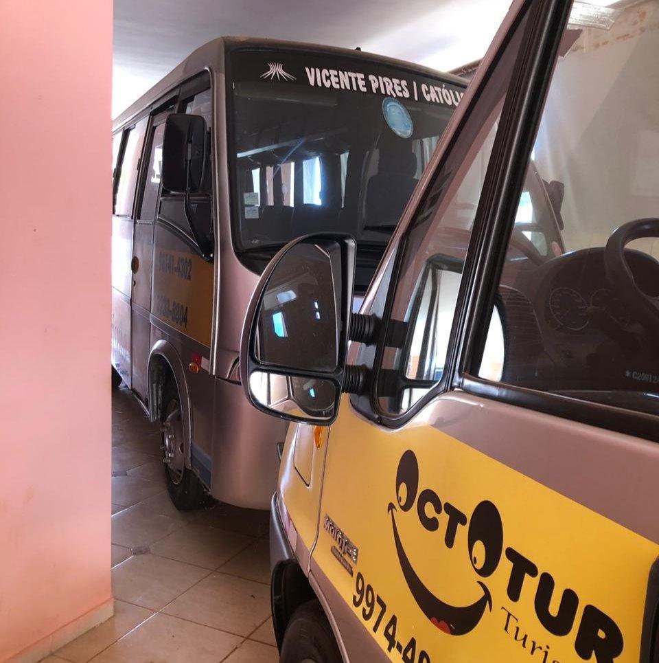 micro-ônibus e van escolar