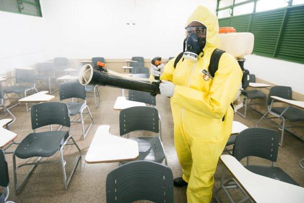 Limpeza e descontaminação em escolas públicas do DF - Covid - Coronavirus