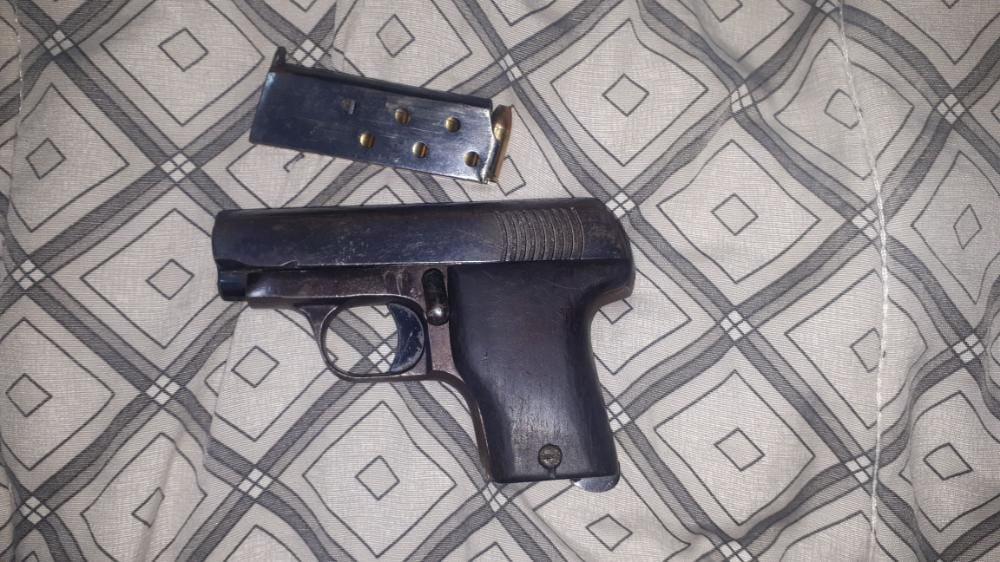 Arma apreendida em operação da PCDF sobre multas no Detran