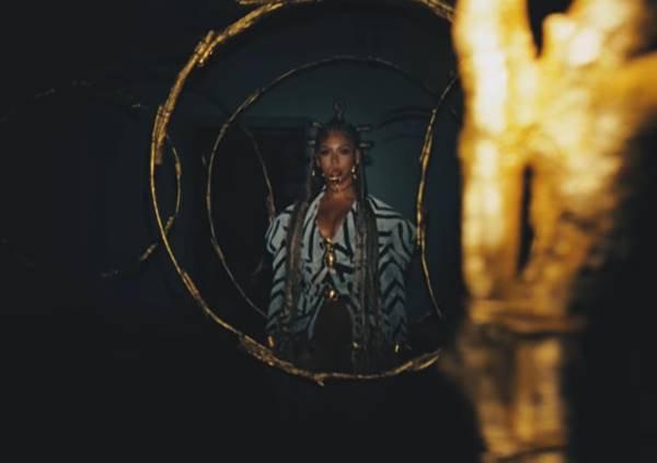 Beyoncé em trecho do filme Black is King