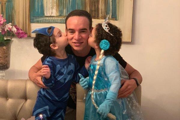 Anderson Franco Neves e os gêmeos
