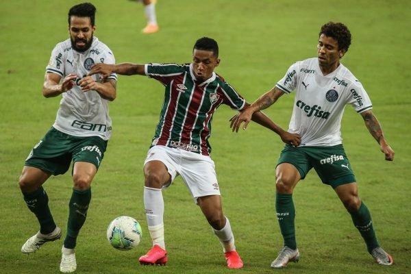 Jogo entre Fluminense e Palmeiras