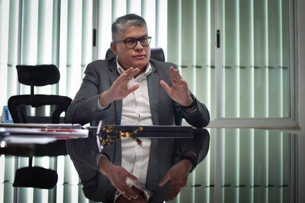 Falso Negativo: secretário de Saúde do DF, Francisco Araújo é preso