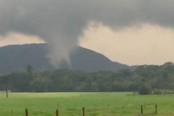 tornado atinge Santa Catarina