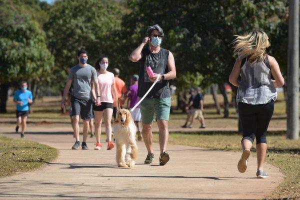 Parque da cidade em meio a pandemia no domingo