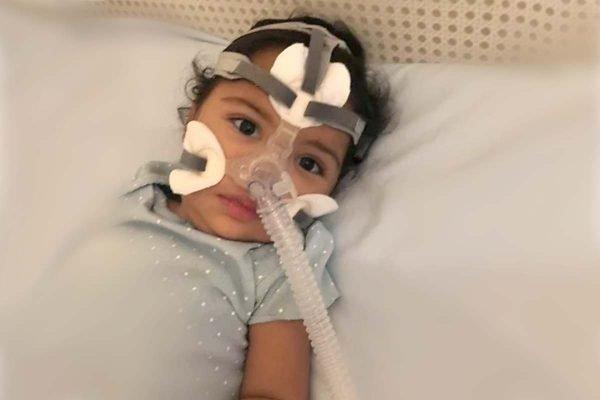 Marina, menina moradora de Águas Claras, precisa de remédio mais caro do mundo