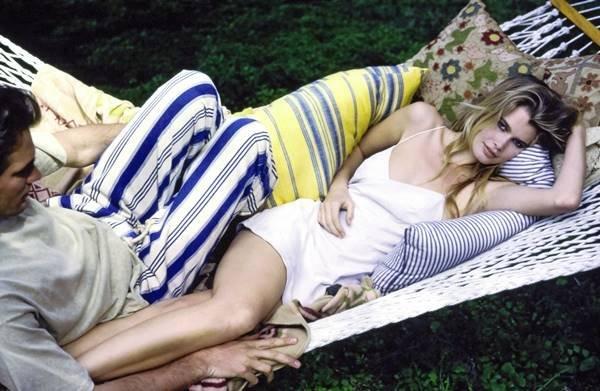Claudia Schiffer para a Vogue em junho de 1990