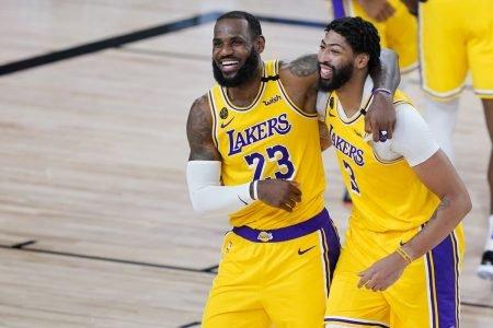 LeBron James e Anthony Davis Lakers