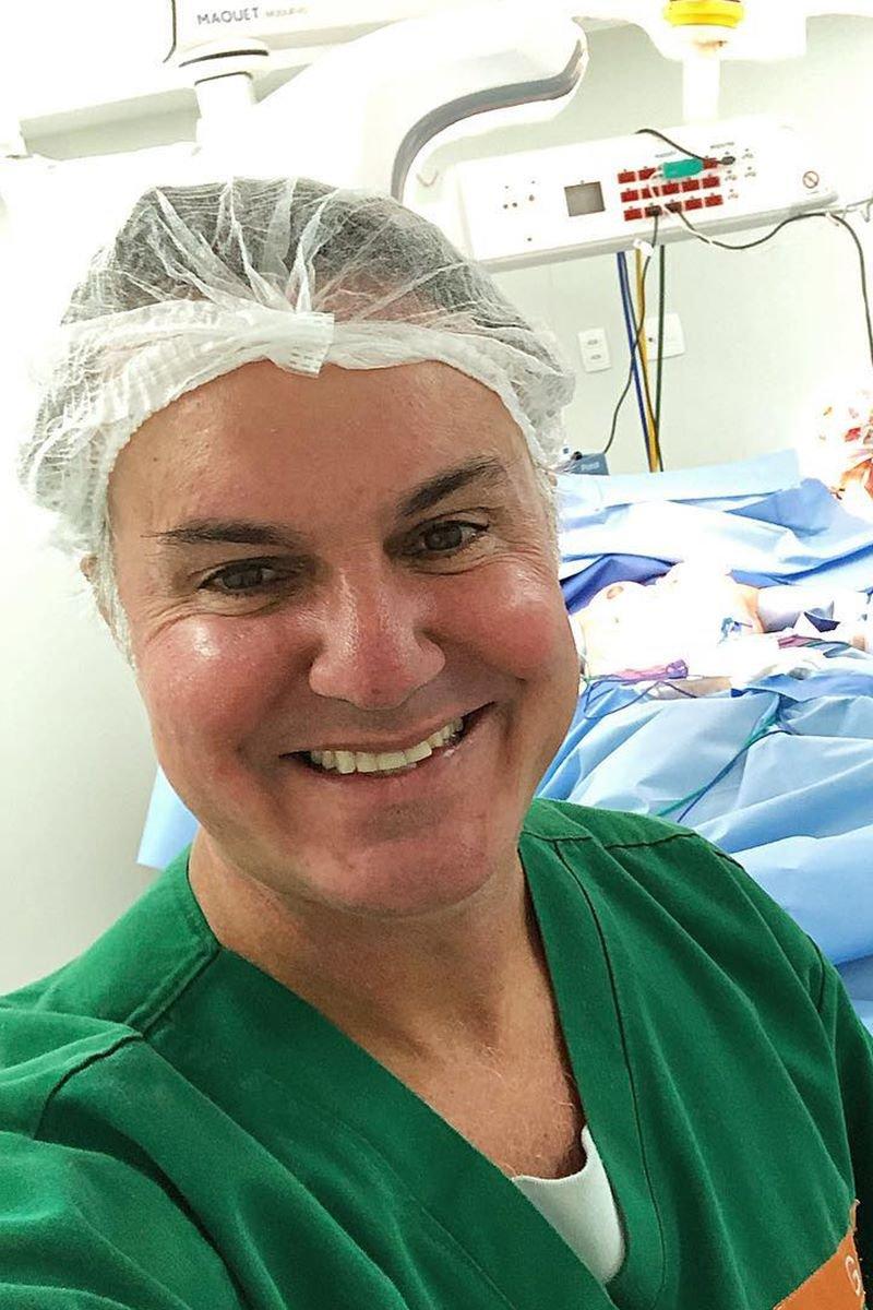 Cirurgião plástico Marcelo Mariano_1