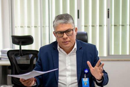 secretário de Saúde do DF, Francisco Araújo