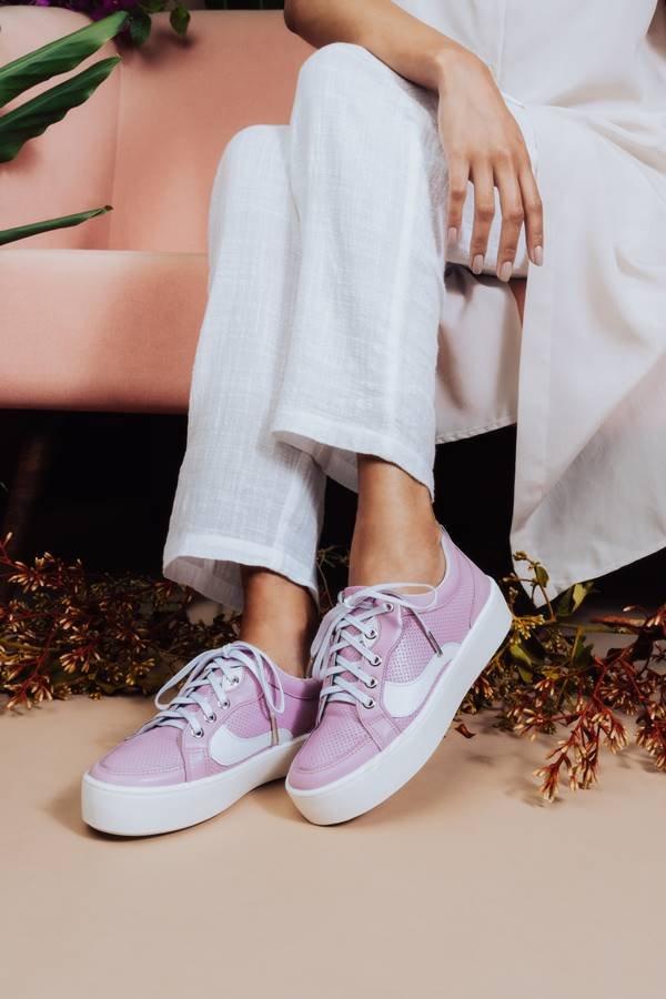 Tênis lilás da Shoestock