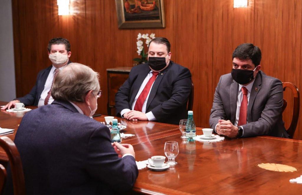 Encontro de representantes do GDF com o embaixador da Rússia no Brasil