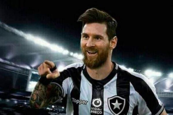 Messi com camisa do Botafogo