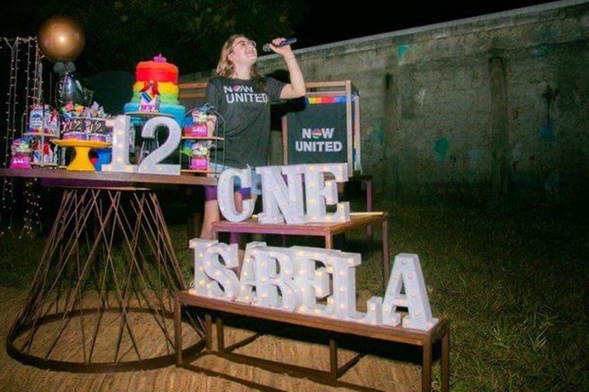 Isabela John anuncia as atrações da festa